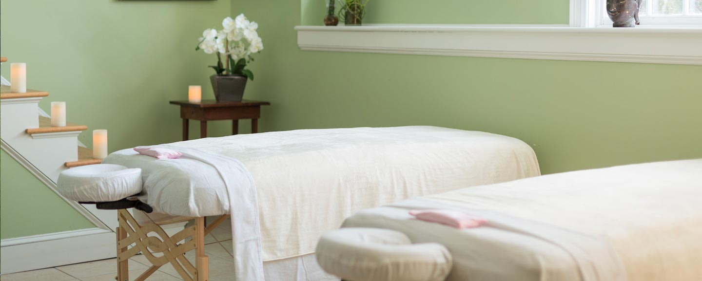 Luxury Hotel in Vermont couples massage
