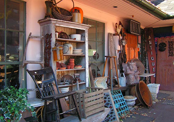 Shopping in Vermont - Antiques near Killington