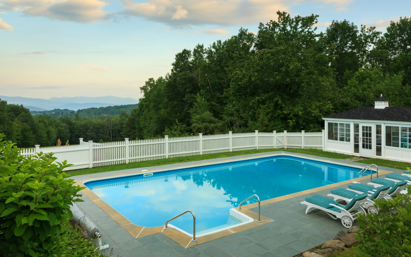 Pristine pool at Vermont inn