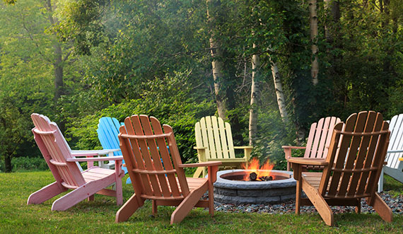 A Vermont honeymoon means spending time in the gorgeous outdoors!